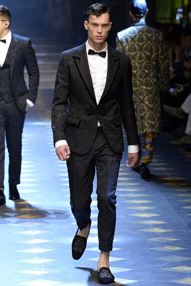 dolce-gabbana-fall-winter-2017-2018-fw17-menswear-men-tuxedo-suit-froggings-cropped-trousers