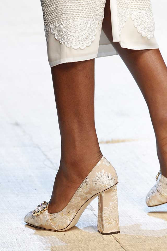 dolce-gabbana-latest-designer-nude-shoes-top-spring-summer-2017-shoe-trends-heels-pumps