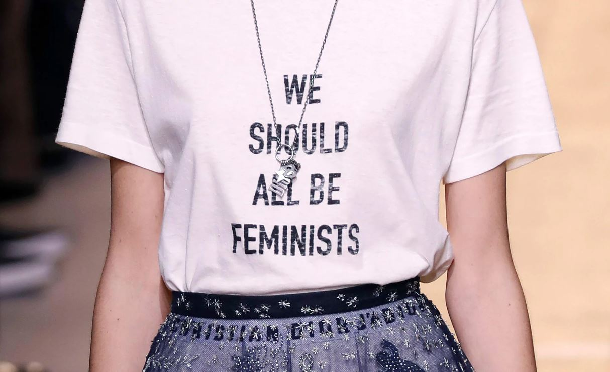 feminists-quote-white-tee-dior-spring-summer-2017-ready-to-wear-collection