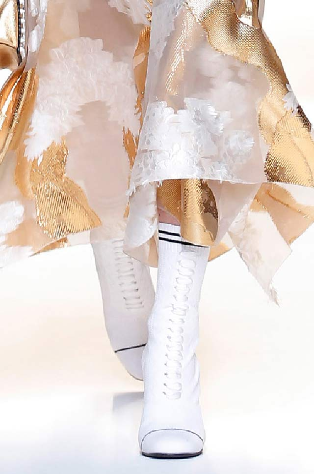 fendi-latest-top-spring-summer-2017-shoe-trends-white-flat-booties