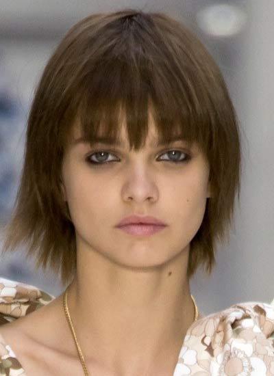 haircuts-for-spring-chloe-bob-cut-eyebrow-covering-bangs