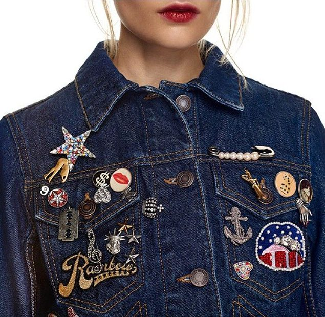 how-to-wear-denim-jacket-blue-patchwork-embellished-latest-statement