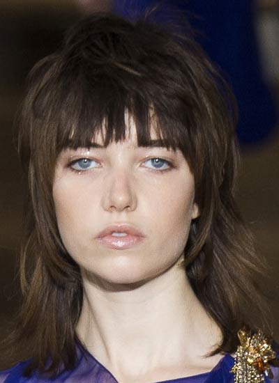latest-hair-cut-trends-for-spring-2017-lanvin-long-bob-cut-with-wavy-bangs