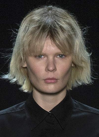 long-wavy-bob-with-eyebr0w-covering-bangs-latest-haircuts-2017-versace