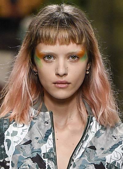 long-wavy-hair-with-bangs-latest-haircut-runway-fashion-2017-spring-summer-max-mara