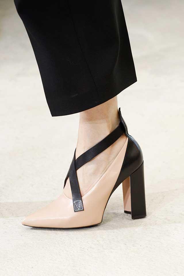 louis-vuitton-latest-designer-nude-shoes-top-spring-summer-2017-shoe-trends-black-pumps