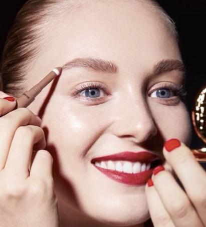 makeup-for-engagement-ideas-top-tips-estee-lauder-cherry-lips