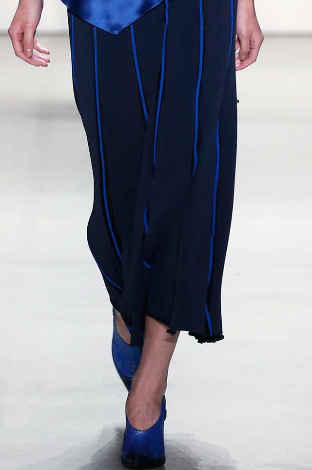 ombre-spring-summer-2017-shoe-trends-latest-latest-blue-matching-prabal-gurung