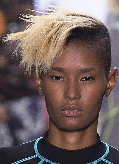 pixie-cut-for-women-latest-haircut-trends-spring-summer-2017-collecion-ideas-alexander-wang