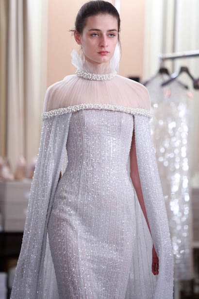 ralph-russo-spring-summer-2017-couture-behind-the-scenes-making (13)-silver-sequin-dress