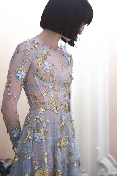 ralph-russo-spring-summer-2017-couture-behind-the-scenes-making (26)-blue-floral-appliqued