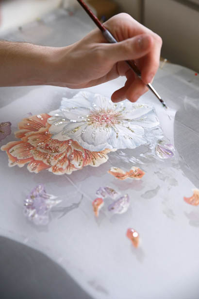 ralph-russo-spring-summer-2017-couture-behind-the-scenes-making (46)-floral-printing