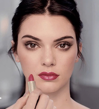 red-glossy-lips-kendall-jenner-latest-estee-lauder-engagement-ideas
