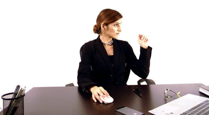 shilpa-ahuja-career-woman-power-office-work-professional-wear