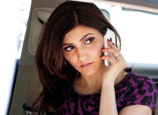 shilpa_ahuja_work_wear_power_dressing_phone-interview-dos-donts-tips