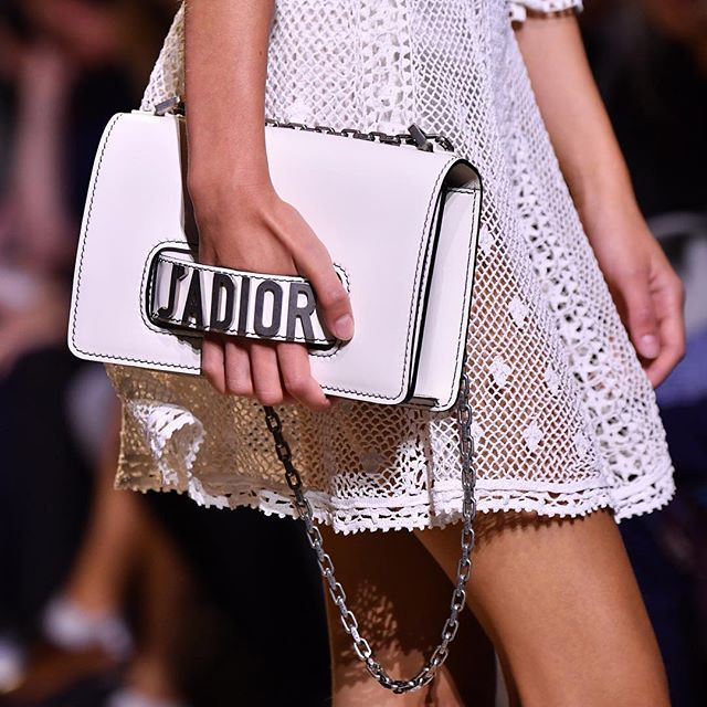 side-handle-clutch-white-dior-sling-bag-latest-trend-ss17-collection-rtw