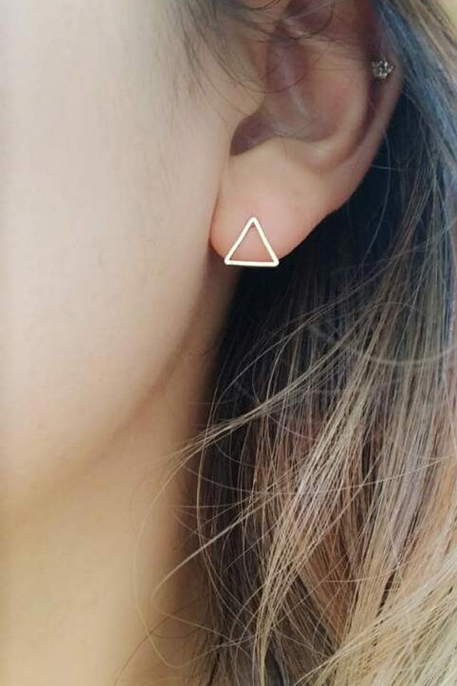 simple-triangle-earrings-modern-handmade-etsy-minimalist-jewelry
