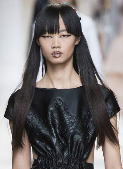 straight-symetrical-bangs-fendi-trendy-haircuts-for-women-latest-2017