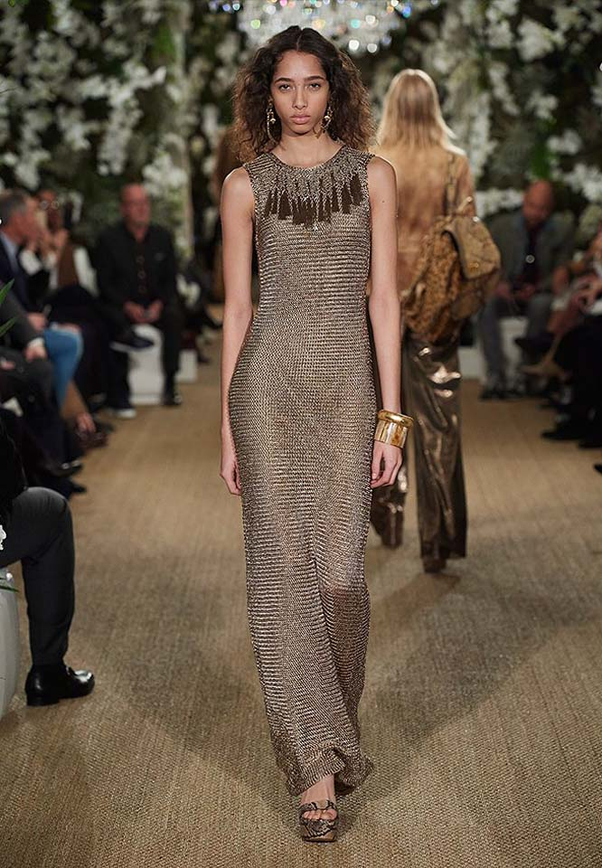 11-ralph-lauren-fall-winter-2017-fw17-collection-long-dress-stripes-fringes