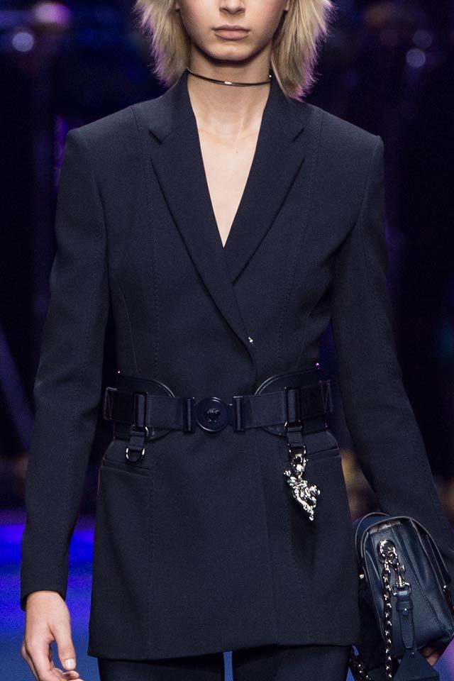 2017-spring-fashion-trends-latest-versace-black-belt-ss17-latest