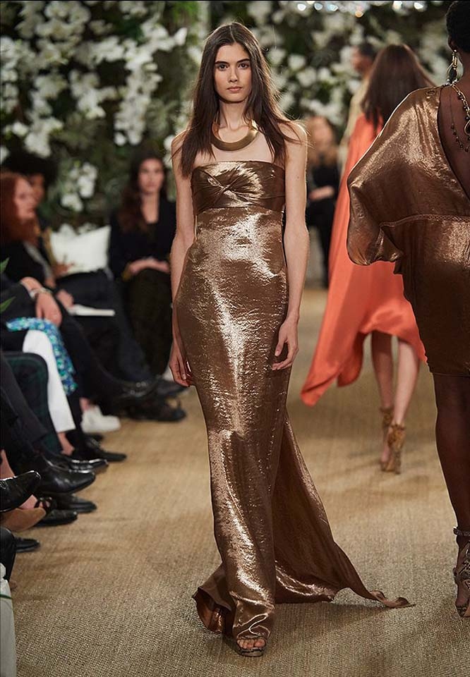 27-ralph-lauren-fall-winter-2017-fw17-collection-metallics-gown