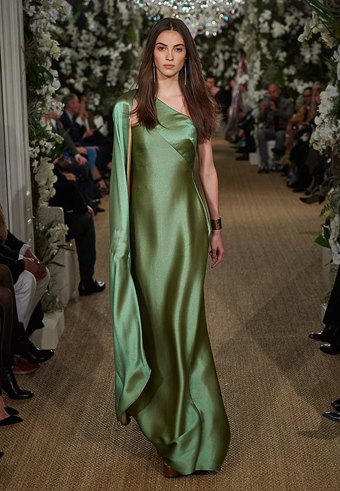 30-ralph-lauren-fall-winter-2017-fw17-collection-green-shimmered0one-shoulder-pretty-gown