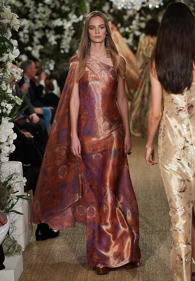 34-ralph-lauren-fall-winter-2017-fw17-collection-printed-gown-beautiful-elegant-wear