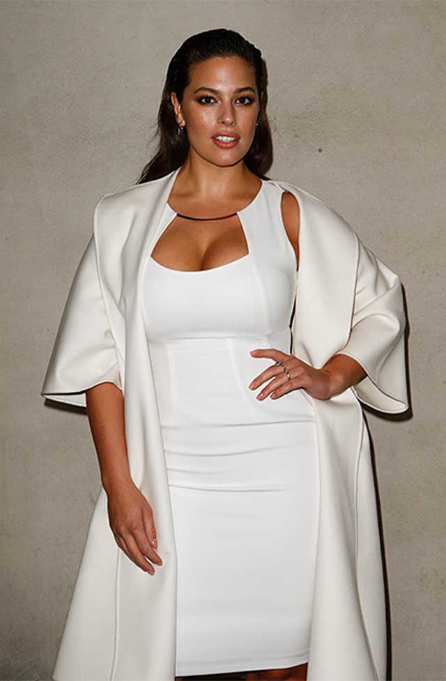 ASHLEY GRAHAM-max-mara-fw17-rtw-fall-winter-2017-white-dress-celeb-makeup guests-fashion-show