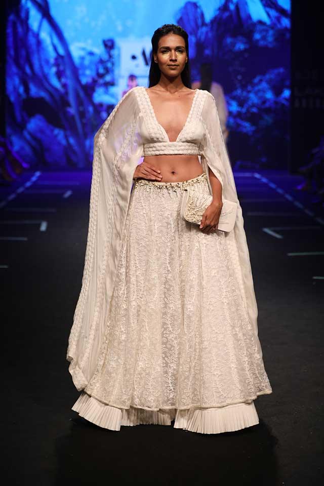 Abha-Chowdhary-lakme-fashion-week-s17-summer-resort-2017-dress (1)-white-plunging-neckline