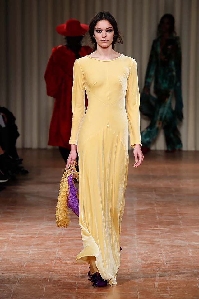 Alberta-ferretti-fw17-rtw-fall-winter-2017-18-collection-24-maxi-dress-yellow