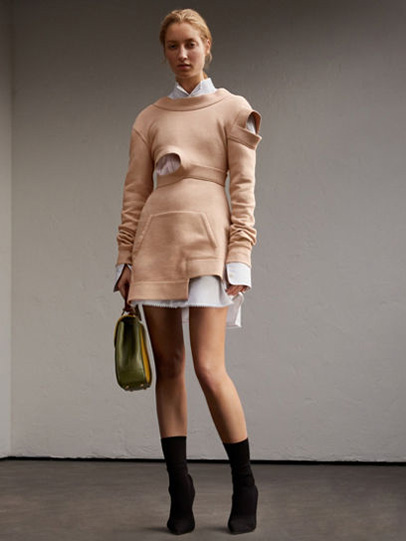 Burberry-fw-fall-winter-2017-18-collection-31-cut-sweater-dress