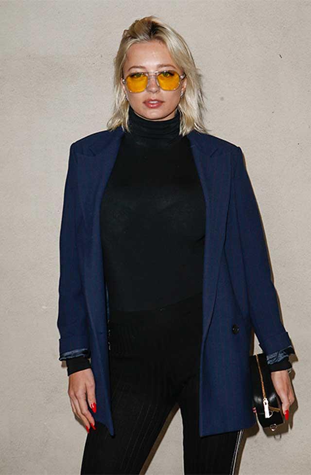 CAROLINE VREELAND-max-mara-fw17-rtw-fall-winter-2017-celeb-style-sunglasses