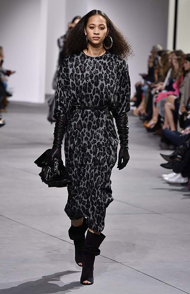Michael-kors-fall-winter-2017-collection-fw17-11-huge-earrings-black-dress-gloves-boots