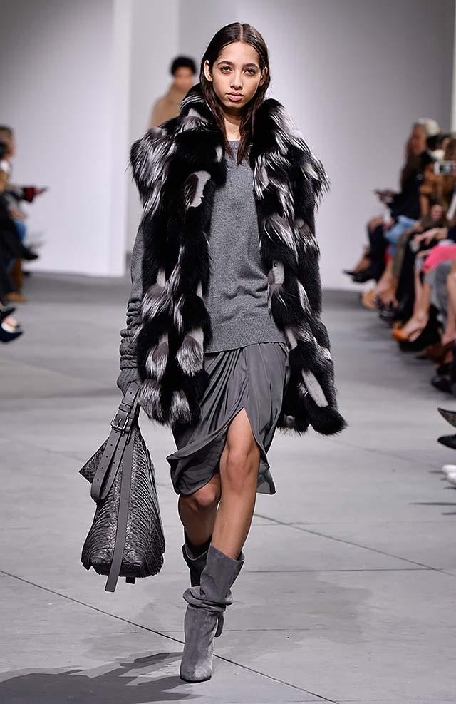 Michael-kors-fall-winter-2017-collection-fw17-12-grey-dress-black-fur-poncho
