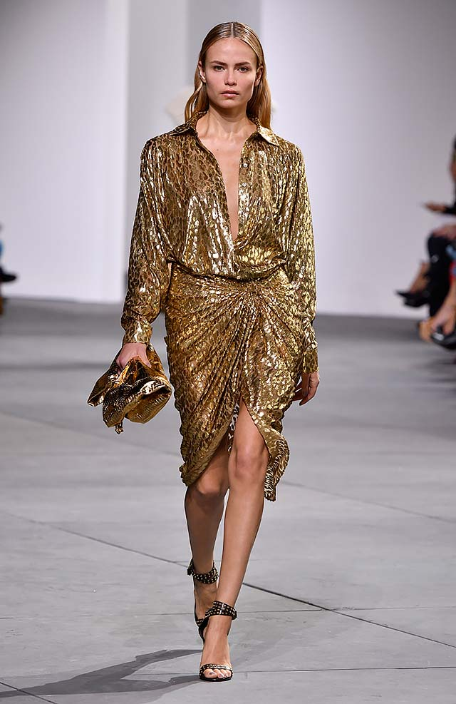 Michael-kors-fall-winter-2017-collection-fw17-38-gold-metallic-dress