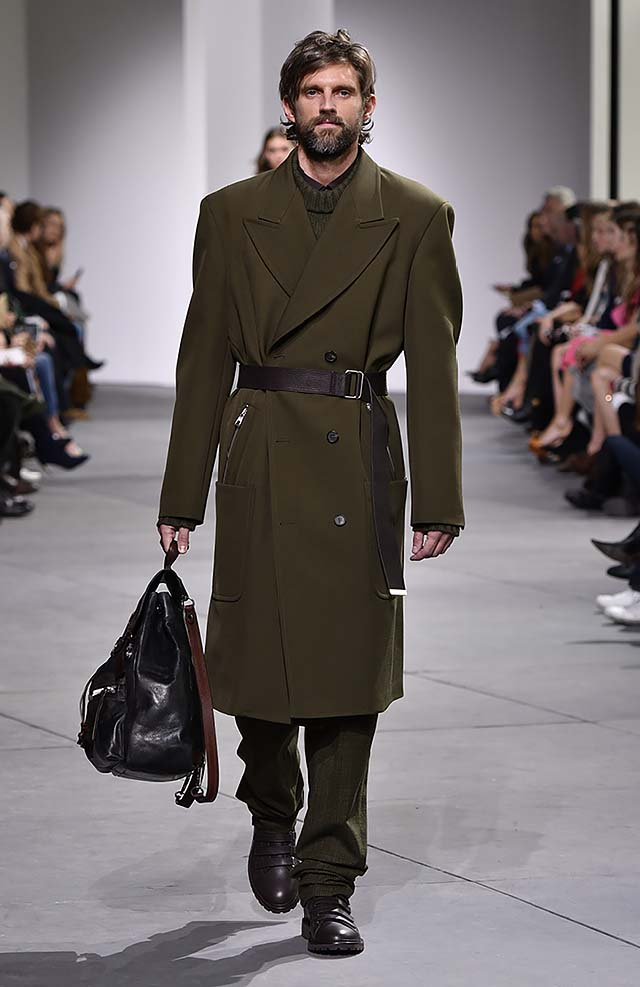 Michael-kors-fall-winter-2017-collection-fw17-45-trench-coat-olive-green-menswear