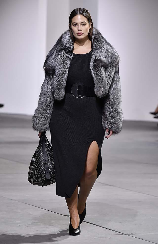 Michael-kors-fall-winter-2017-collection-fw17-5-grey-fur-coat-slit-dress-broad-belt