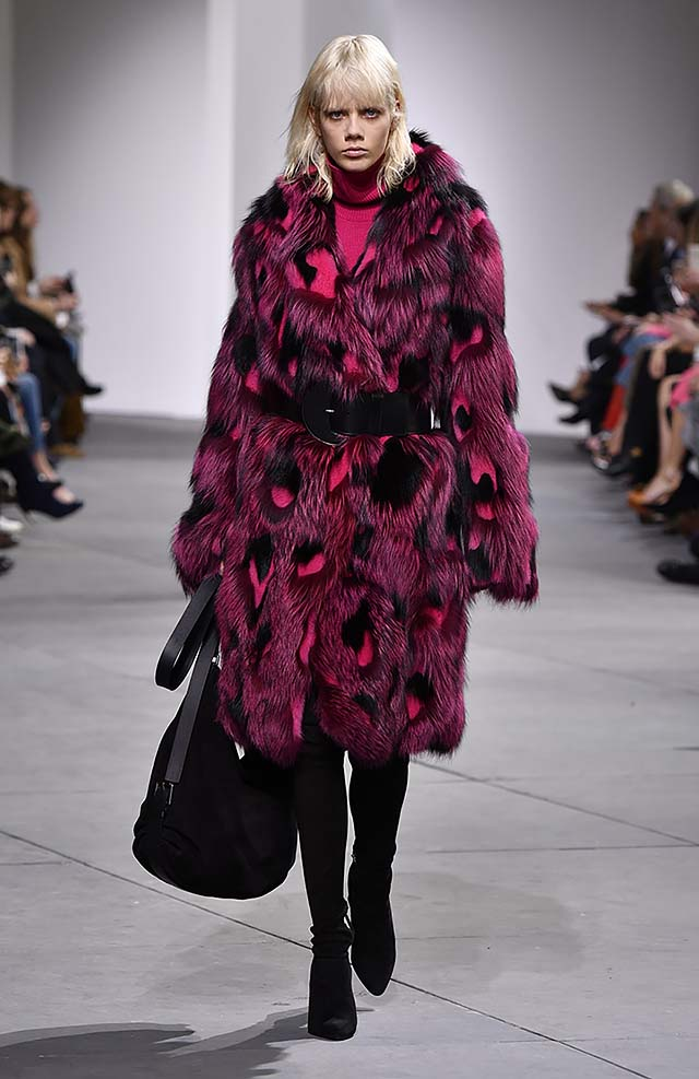 Michael-kors-fall-winter-2017-collection-fw17-53-purple-fur-coat