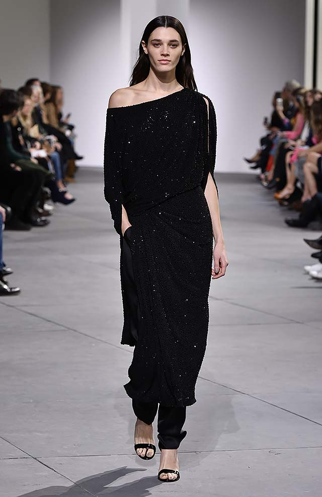 Michael-kors-fall-winter-2017-collection-fw17-57-black-one-shoulder-wrap-dress-sequins