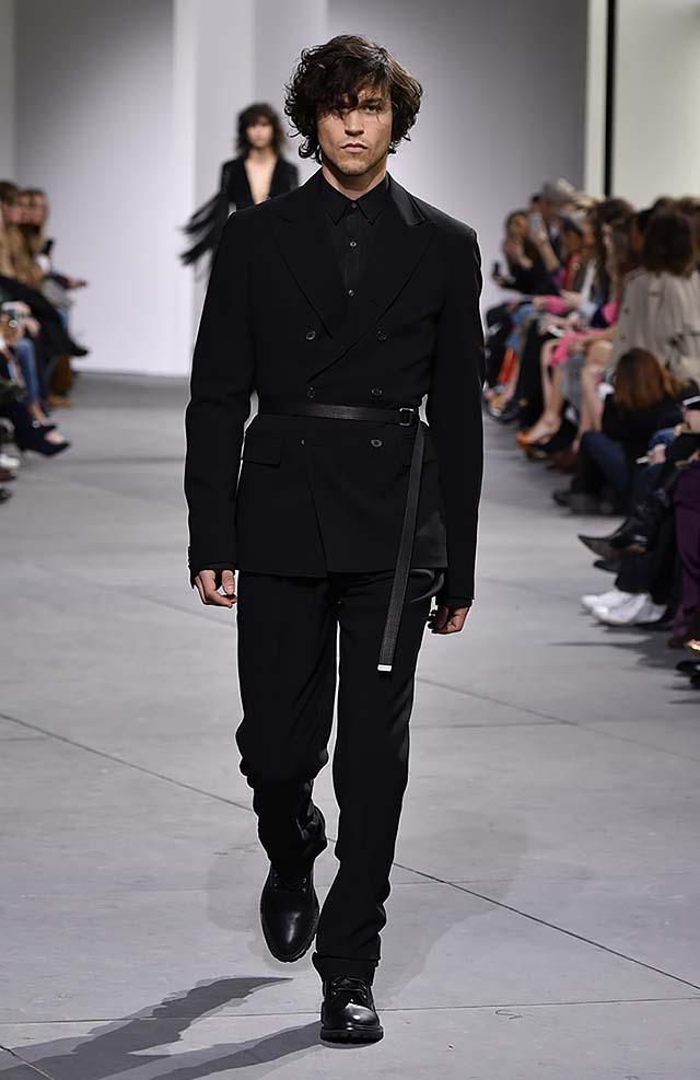 Michael-kors-fall-winter-2017-collection-fw17-62-black-matching-set-mens-dresses