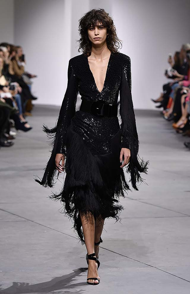Michael-kors-fall-winter-2017-collection-fw17-63-trimmed-black-plunging-v-neckline