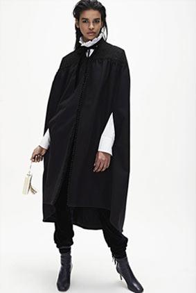 Monique-Lhuillier-fw17-rtw-fall-winter-2017-18-collection-1-black-coat