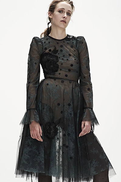 Monique-Lhuillier-fw17-rtw-fall-winter-2017-18-collection (16)-black-sheer-dress