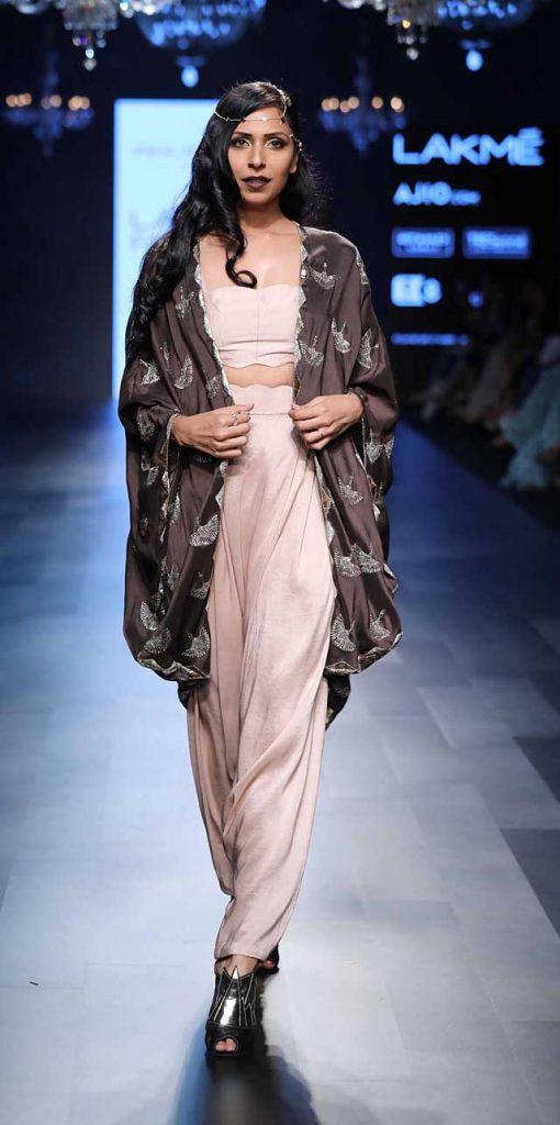 Payal-Singhal-LFW-SR17-2017-summer-lakme-fashion-week-lehenga-indian-designer-3-indo-western