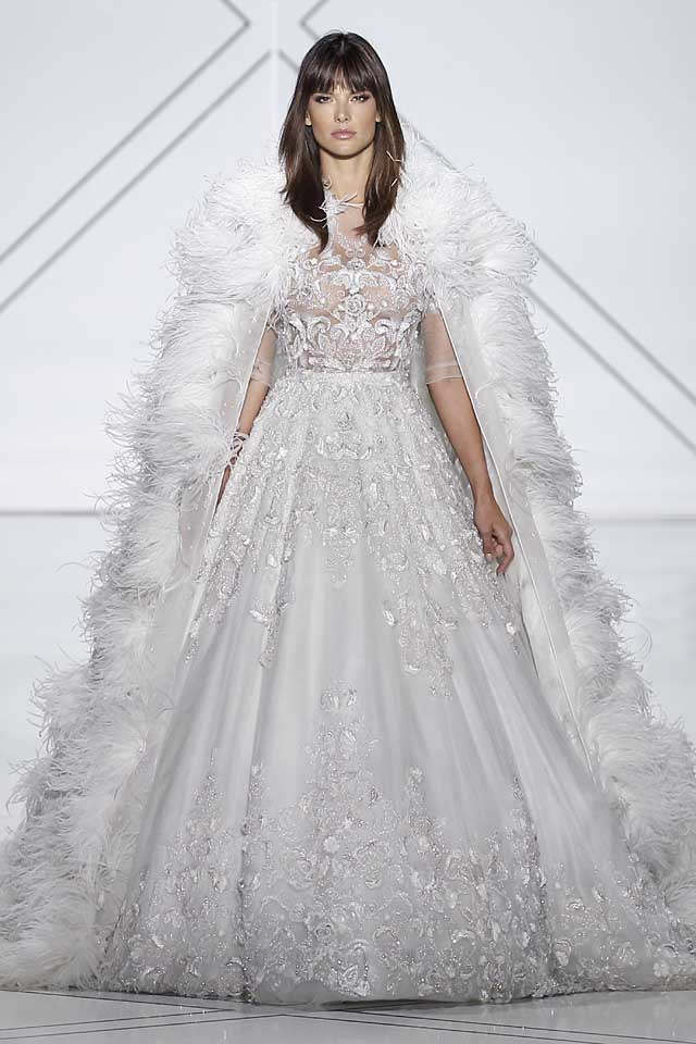 Ralph-Russo-SS17-spring-summer-2017-dress-55-cape-white-lace-bridal-gown-beautiful