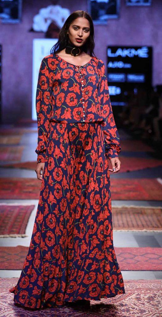Ritu-Kumar-lakme-fashion-week-summer-resort- floral-full-sleeves-jumpsuit (13)