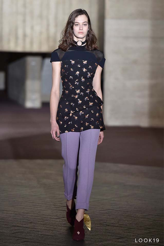 Roland-Mouret-fw17-rtw-fall-winter-2017-18-collection-19-floral-printed-top