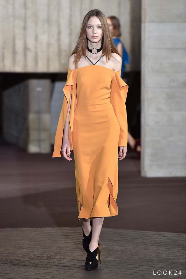 Roland-Mouret-fw17-rtw-fall-winter-2017-18-collection-24-off-the-shoulder-dress