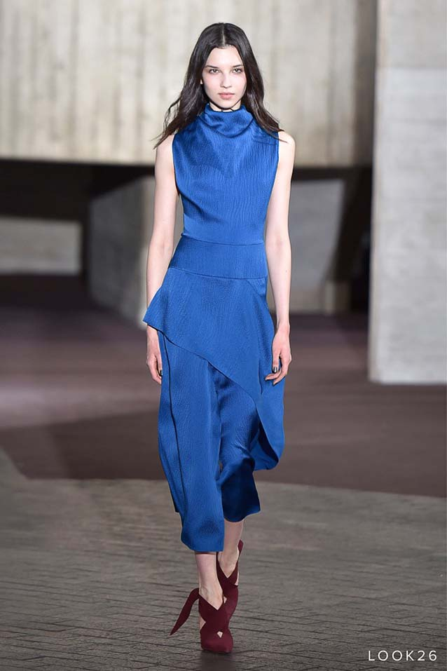 Roland-Mouret-fw17-rtw-fall-winter-2017-18-collection-26-blue-asymetrical-top