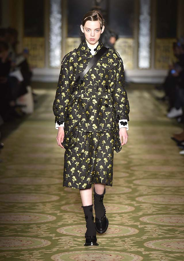 Simone-Rocha-fw17-rtw-fall-winter-2017-18-collection-23-black-shoes-applique-socks